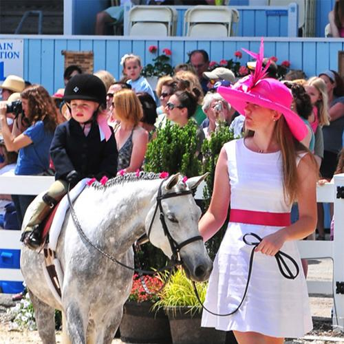 Leadline-done right! Lauren should be sporting the hat and dress.