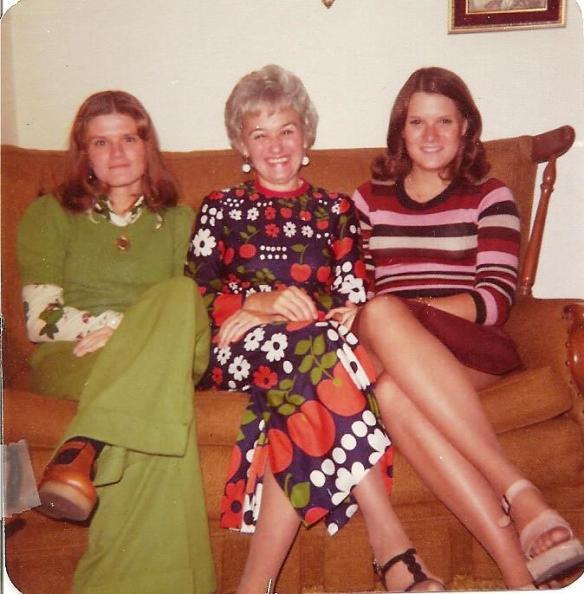 Betty, my momma and I, Thanksgiving, 1975  Tecumseh, Oklahoma