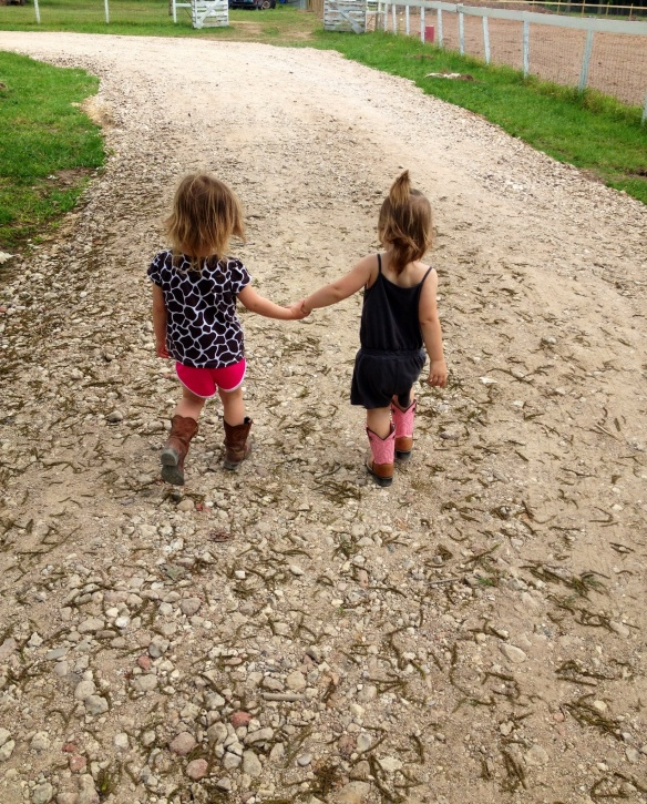 Cousins make the best friends!