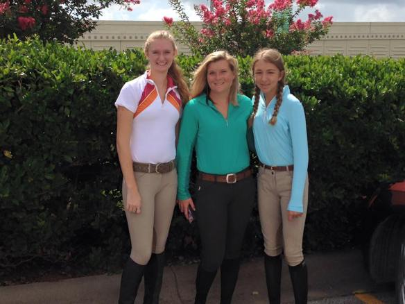 Isabel, Lauren and Mia looking like professional equestrians headed off to learning event.